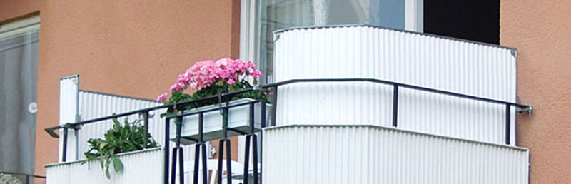 Balkongskydd-korrugerad-plast-2